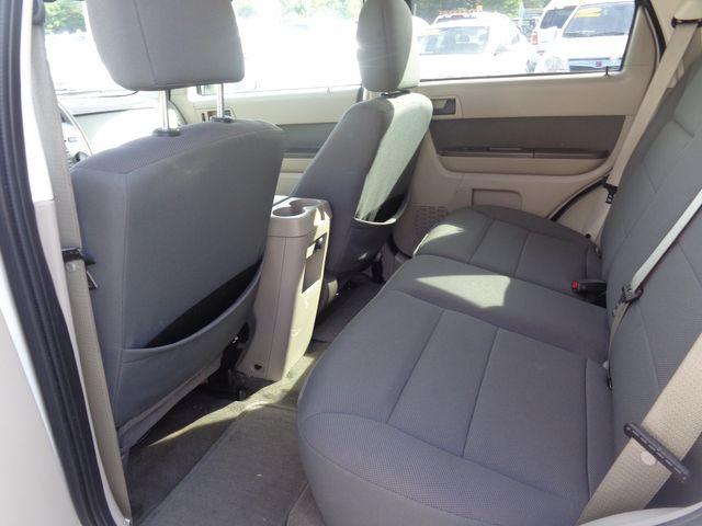 2009 Ford Escape Hybrid Hoosick Falls, New York 4