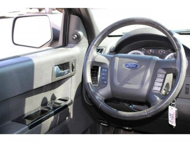 2009 Ford Escape Limited in St. Louis, MO 63043