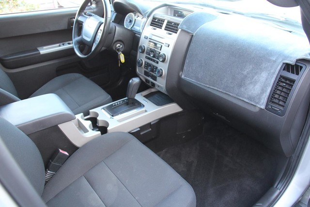2009 Ford Escape XLT Santa Clarita, CA 9