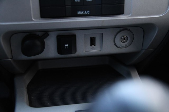 2009 Ford Escape XLT Santa Clarita, CA 21