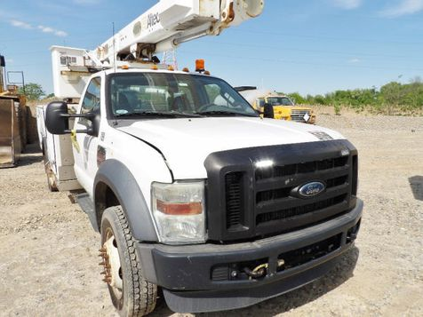2009 Ford F-550 42' ALTEC 4X4 BUCKET TRUCK W/ MATERIAL HANDLER in Fort Worth, TX
