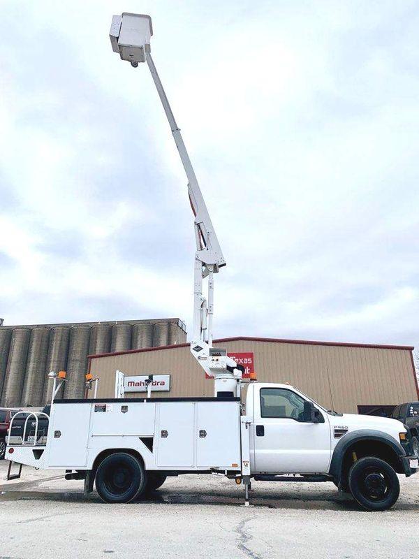 2009 Ford F-550 4X4 Bucket Truck 42 FT REACH VERSALIFT ARTICULATING  TELESCOPIC  city TX  North Texas Equipment  in Fort Worth, TX