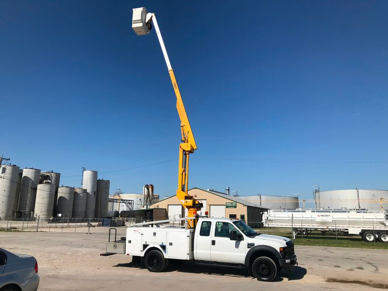 2009 Ford F450 BUCKET TRUCK XL  city TX  North Texas Equipment  in Fort Worth, TX