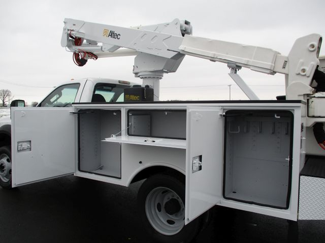 2009 Ford F550 DIESEL 83K BUCKET BOOM TRUCK XL Lake In The Hills, IL 27