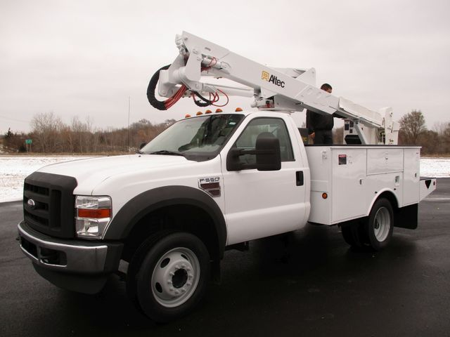 2009 Ford F550 DIESEL 83K BUCKET BOOM TRUCK XL Lake In The Hills, IL