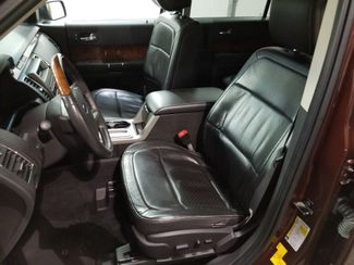2009 Ford Flex Limited 3rd Row AWD V6  Dickinson ND  AutoRama Auto Sales  in Dickinson, ND