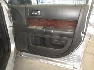 2009 Ford Flex SEL Gardena, California 12