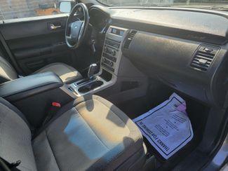 2009 Ford Flex SE Gardena, California 8