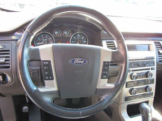 2009 Ford Flex SE in Medina, OHIO 44256