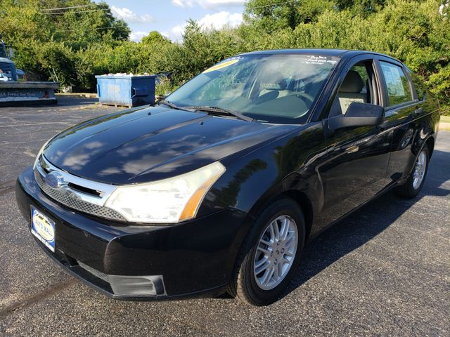 2009 Ford Focus SE | Champaign, Illinois | The Auto Mall of Champaign in Champaign Illinois