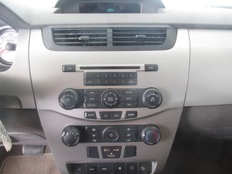 2009 Ford Focus SES Gardena, California 6