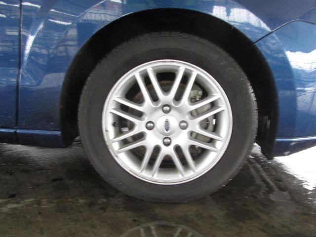 2009 Ford Focus SE Gardena, California 13