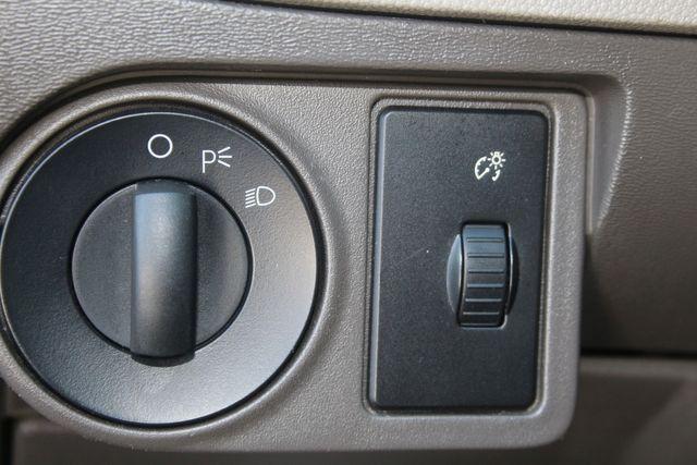 2009 Ford Focus SE Houston, Texas 14