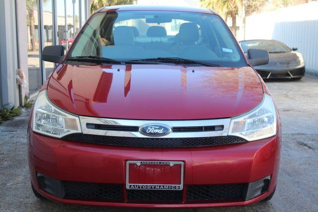 2009 Ford Focus SE Houston, Texas 4