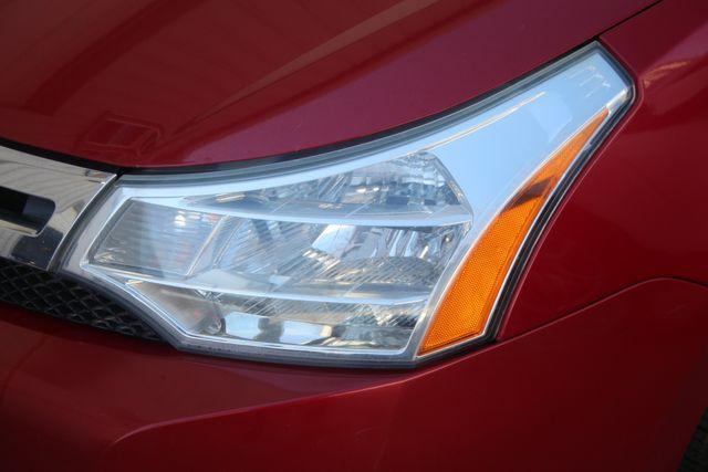 2009 Ford Focus SE Houston, Texas 11