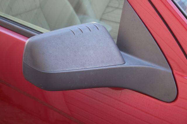 2009 Ford Focus SE Houston, Texas 12