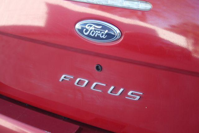 2009 Ford Focus SE Houston, Texas 10