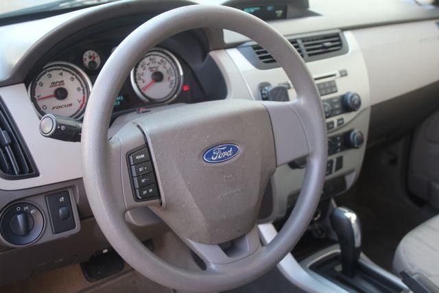 2009 Ford Focus SE Houston, Texas 25