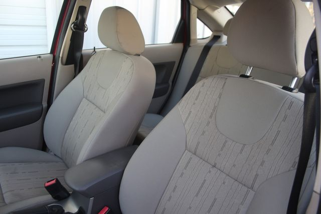 2009 Ford Focus SE Houston, Texas 26