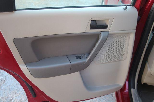2009 Ford Focus SE Houston, Texas 28