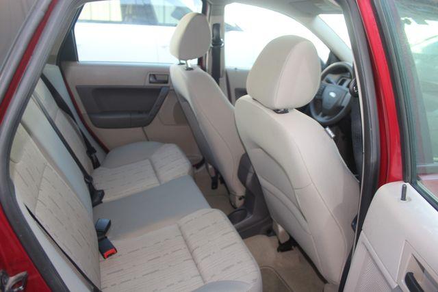 2009 Ford Focus SE Houston, Texas 30