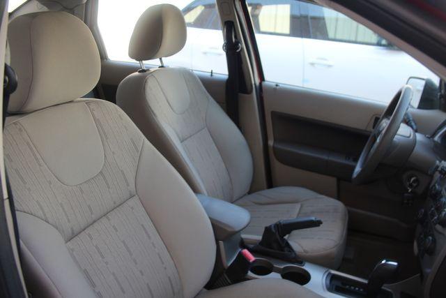 2009 Ford Focus SE Houston, Texas 35