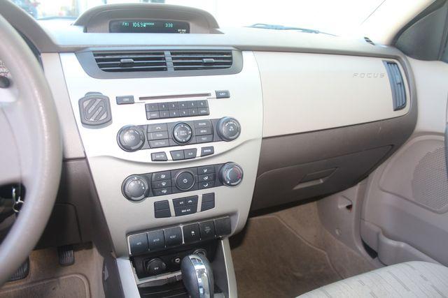 2009 Ford Focus SE Houston, Texas 38