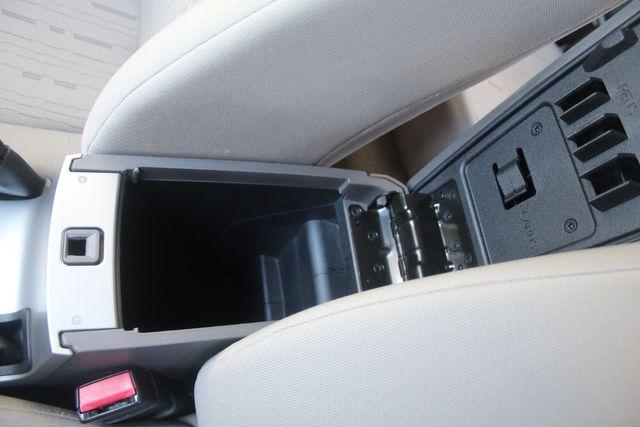 2009 Ford Focus SE Houston, Texas 18