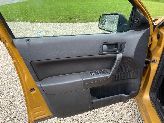 2009 Ford Focus SE in Medina, OHIO 44256
