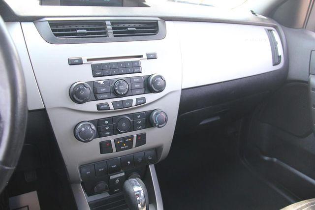 2009 Ford Focus SEL Santa Clarita, CA 18