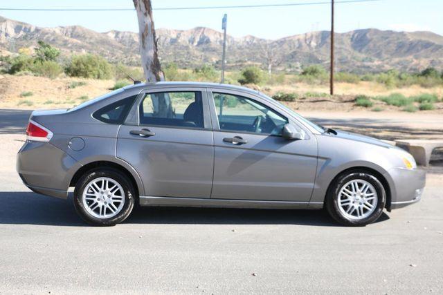 2009 Ford Focus SE Santa Clarita, CA 12