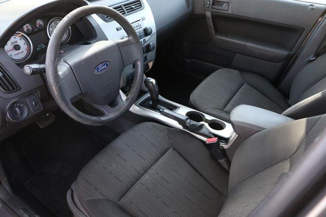 2009 Ford Focus SE Santa Clarita, CA 8