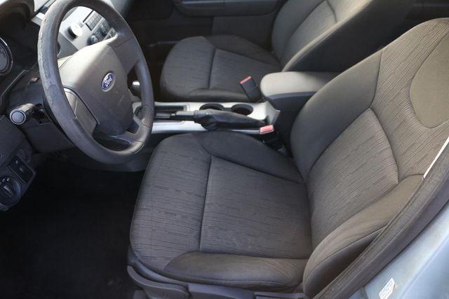 2009 Ford Focus SE Santa Clarita, CA 13