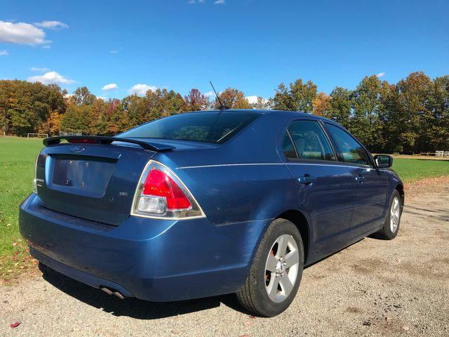 2009 Ford Fusion SE Ravenna, Ohio 3