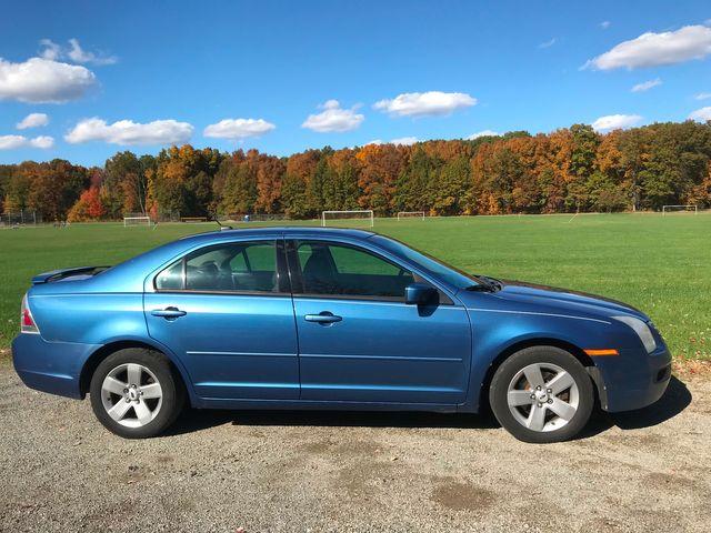 2009 Ford Fusion SE Ravenna, Ohio 4