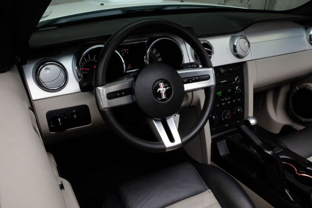 2009 Ford Mustang GT Premium / California Special in Addison, TX 75001