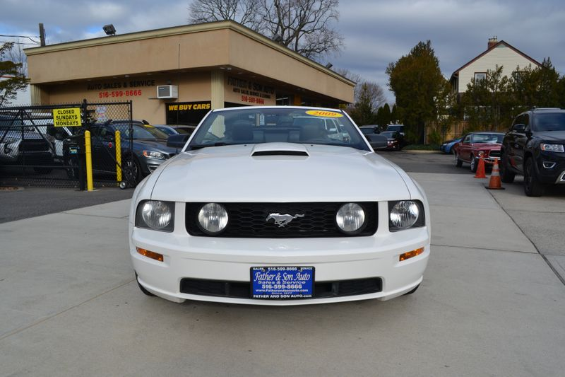 2009 Ford Mustang GT Premium  city New  Father  Son Auto Corp   in Lynbrook, New