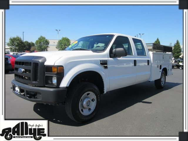 2009 Ford F250 XL C/Cab 4WD Utility Box 6 Speed