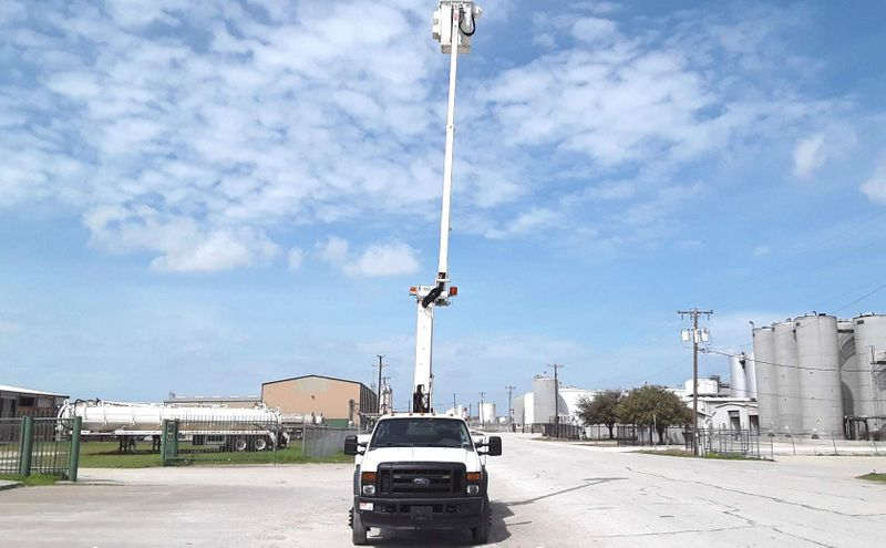 2009 Ford  F450 40FT ETI   AUTO PWR STROKE BUCKET TRUCK  city TX  North Texas Equipment  in Fort Worth, TX