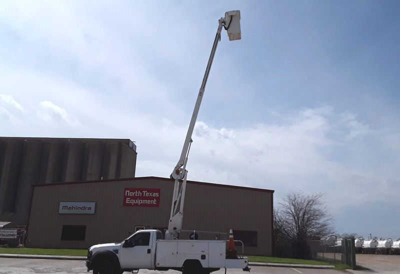 2009 Ford  F450 40FT ETI ELCTRIC OVER HYDRAULIC BOOM   AUTO POWER STROKE BUCKET TRUCK  city TX  North Texas Equipment  in Fort Worth, TX
