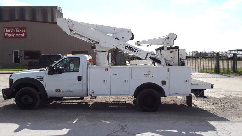 2009 Ford Super Duty F-550 DRW XL BUCKET TRUCK  city TX  North Texas Equipment  in Fort Worth, TX