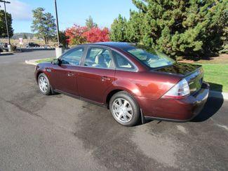 2009 Ford Taurus SEL Bend, Oregon 1