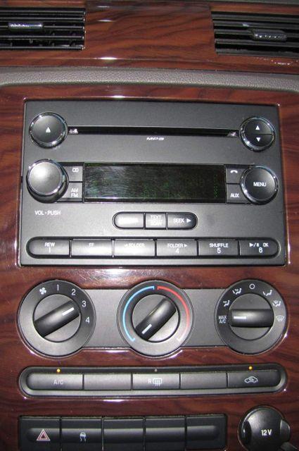 2009 Ford Taurus SE St. Louis, Missouri 10