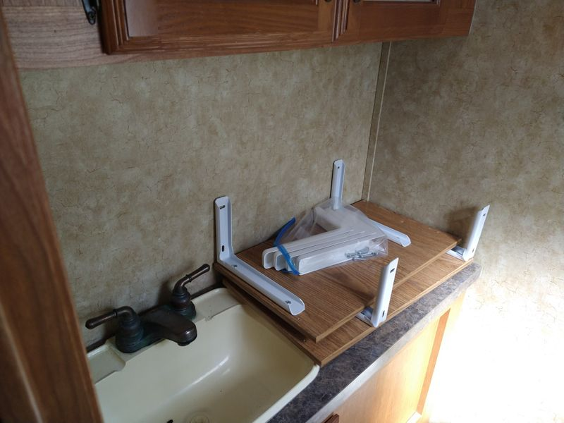 2009 Forest River SIERRA(M-3550 QBQ) Bath and Half  3 Slides  city FL  Manatee RV  in Palmetto, FL