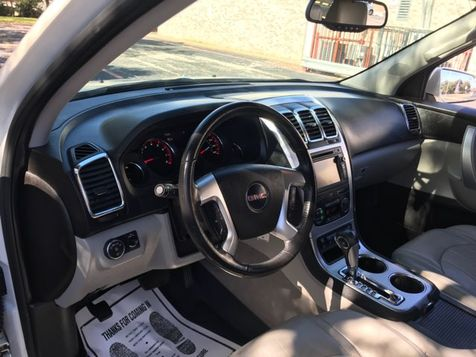 2009 GMC Acadia SLT2 Extra Clean | Ft. Worth, TX | Auto World Sales LLC in Ft. Worth, TX