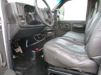 2009 GMC C5500 4X4 DIESEL JIB BUCKET BOOM TRUCK Lake In The Hills, IL 15