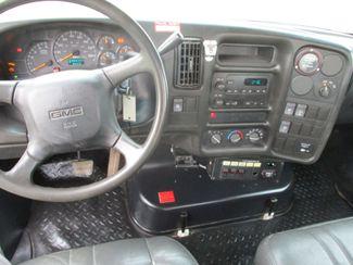 2009 GMC C5500 4X4 DIESEL JIB BUCKET BOOM TRUCK Lake In The Hills, IL 17