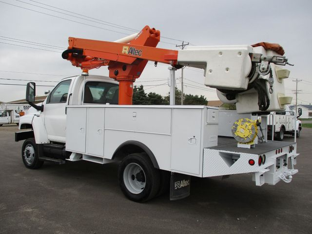 2009 GMC C5500 4X4 DIESEL JIB BUCKET BOOM TRUCK Lake In The Hills, IL 2