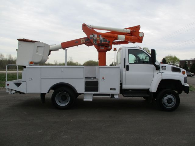 2009 GMC C5500 4X4 DIESEL JIB BUCKET BOOM TRUCK Lake In The Hills, IL 5