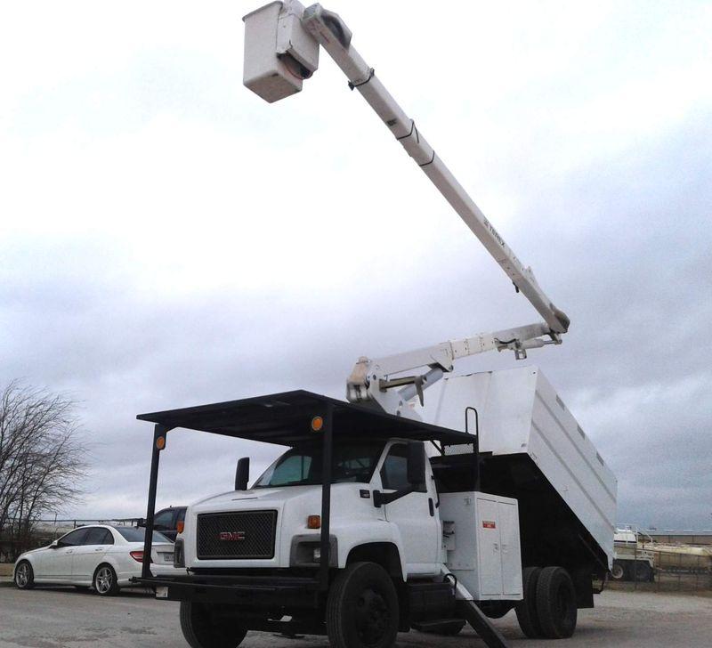 2009 GMC C7500 FORESTRY BUCKET TRUCK 60 TEREX  HI RANGER  city TX  North Texas Equipment  in Fort Worth, TX
